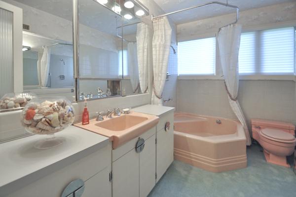 Modern Charlotte - The Blumenthal Estate bathroom