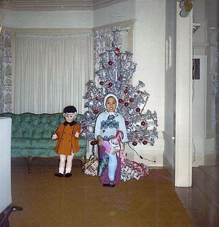 vintage-tree-aluminum-doll-